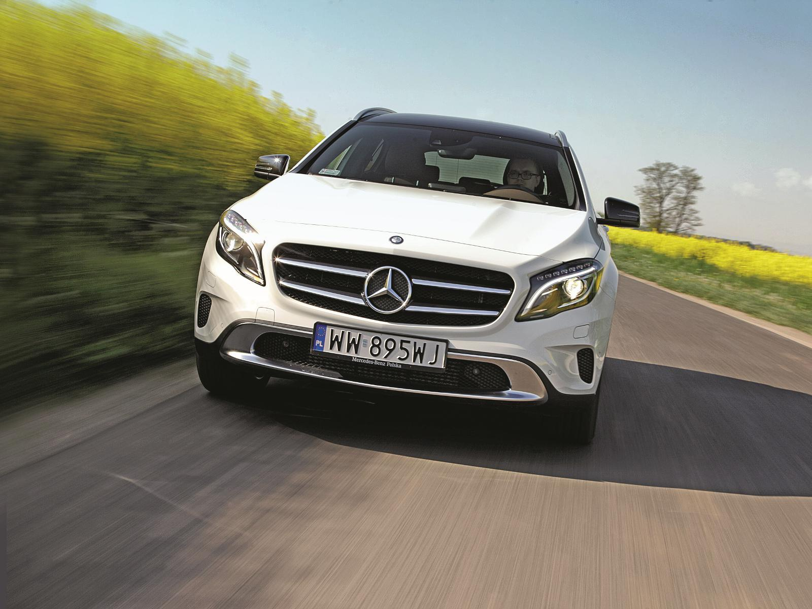mercedes gla nowa gwiazda test w auto motor i sport. Black Bedroom Furniture Sets. Home Design Ideas