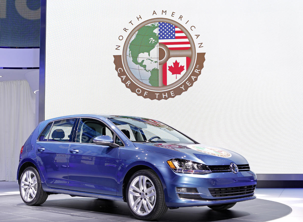 "Volkswagen Golf zdobywa tytuł ""North American Car of the Year"""