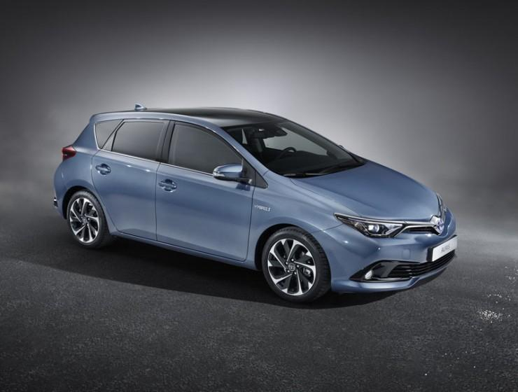 Facelifting Toyota Auris