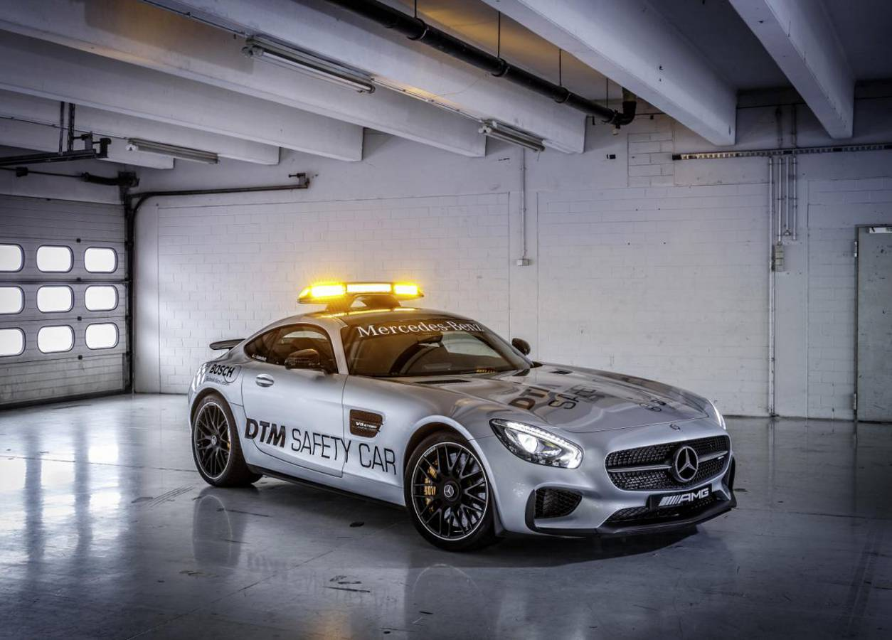Mercedes-AMG GT S safety carem w wyścigach DTM
