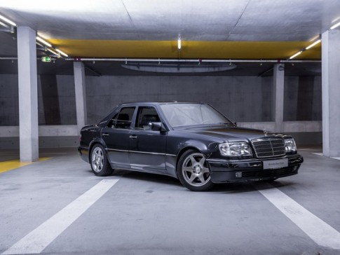 Mercedes E 60 AMG Limited