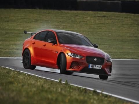 Jaguar XE SV Project 8 - 3,3 s do