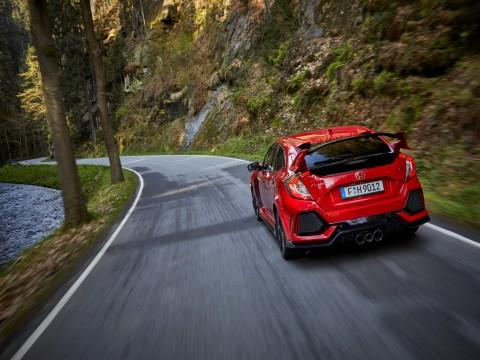 Honda Civic Type R - simply the best?  - motogazeta mojeauto.pl