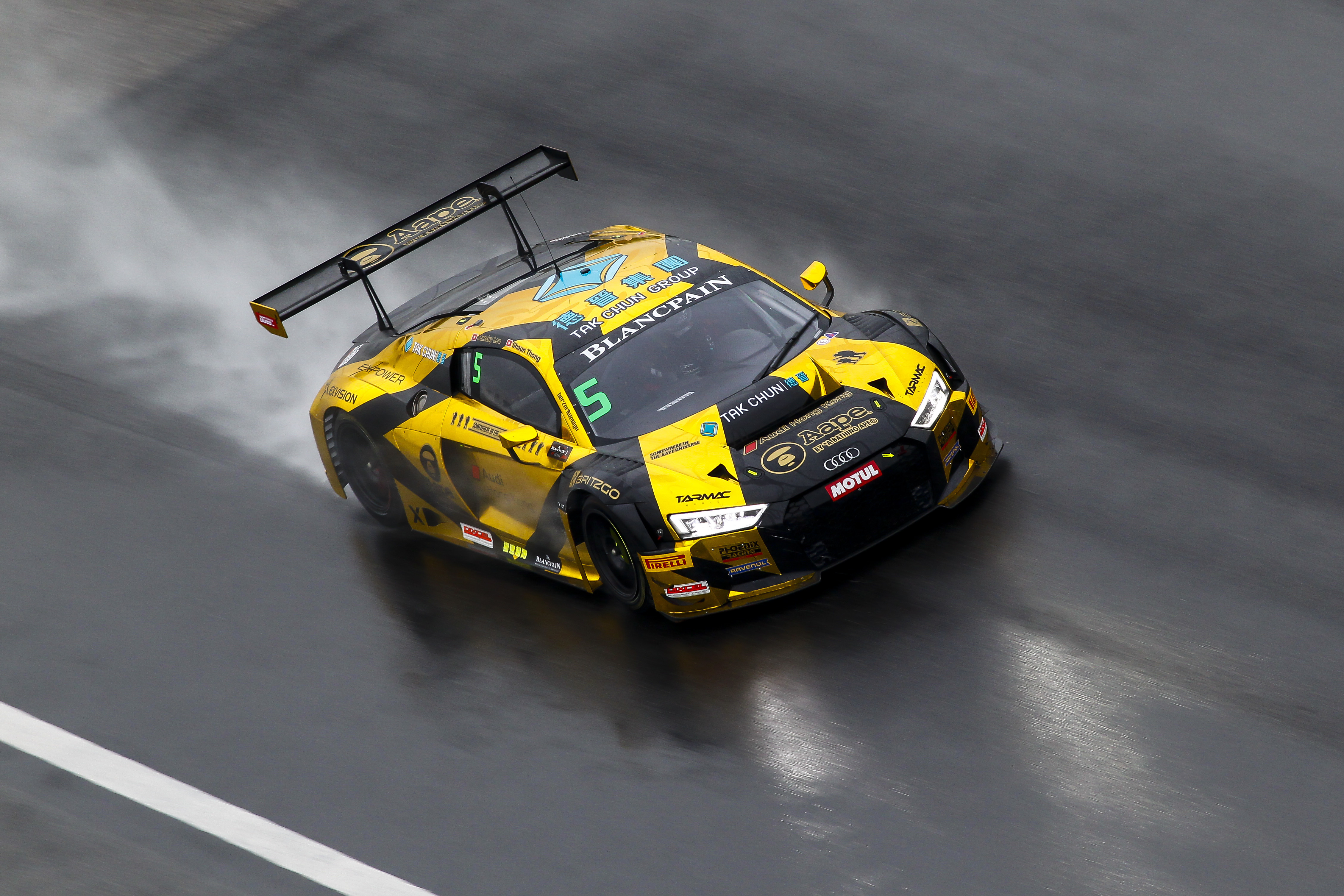 Audi Sport Customer Racing 428 razy na podium