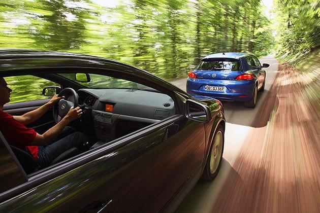 Opel Astra GTC i VW Scirocco