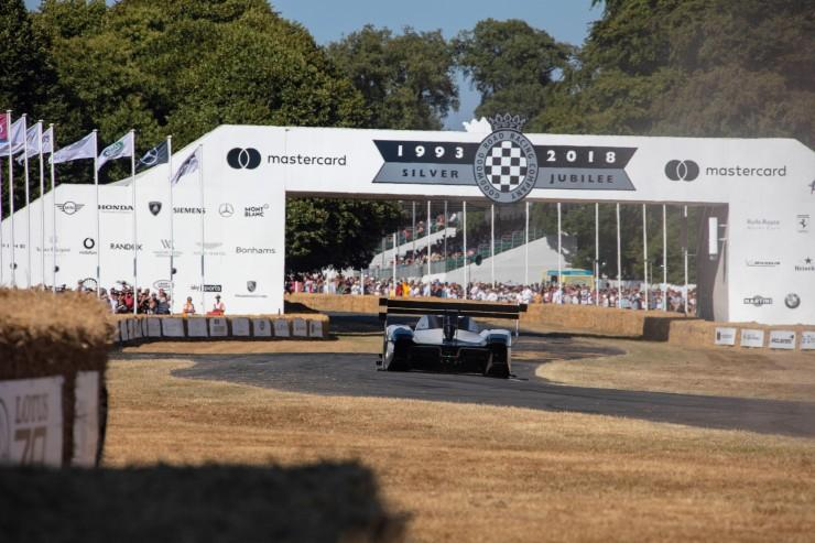 Volkswagen I.D. R Pikes Peak w Goodwood