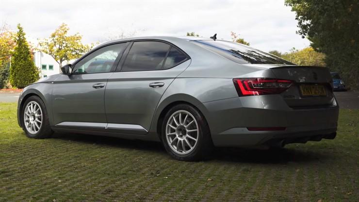Skoda Superb 560 KM