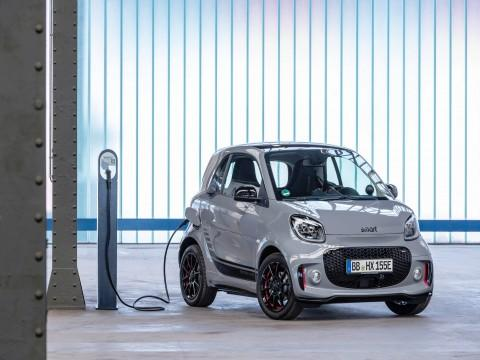 Smart EQ ForTwo po face liftingu  - motogazeta mojeauto.pl