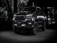 Toyota Hilux Black Bison od WALD International